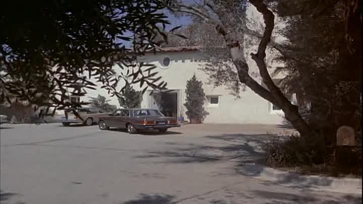 Los Angeles de Charlie 2x07 Angel volante no identificado
