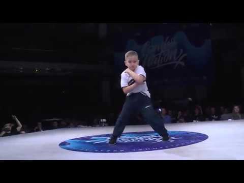 Фестиваль Брейк-данс Сombo Nation-2018 в Казани. Самый лучший батл по версии оператора РВ
