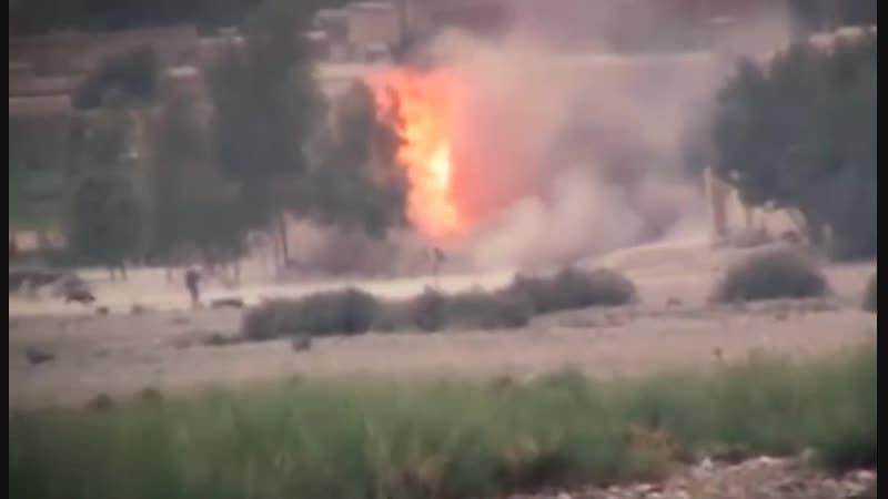 В Афганистане террорист-смертник попытался подорвать группу солдат.