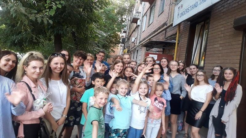 Сью Гартон в Воронеже, в языковом центре Пойми мир