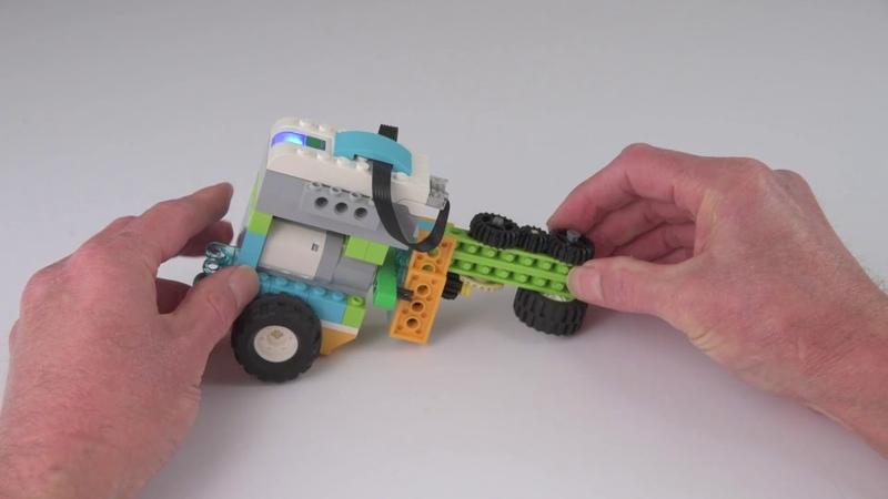 Flip-Flop Steerable Lego WeDo 2.0 Robot