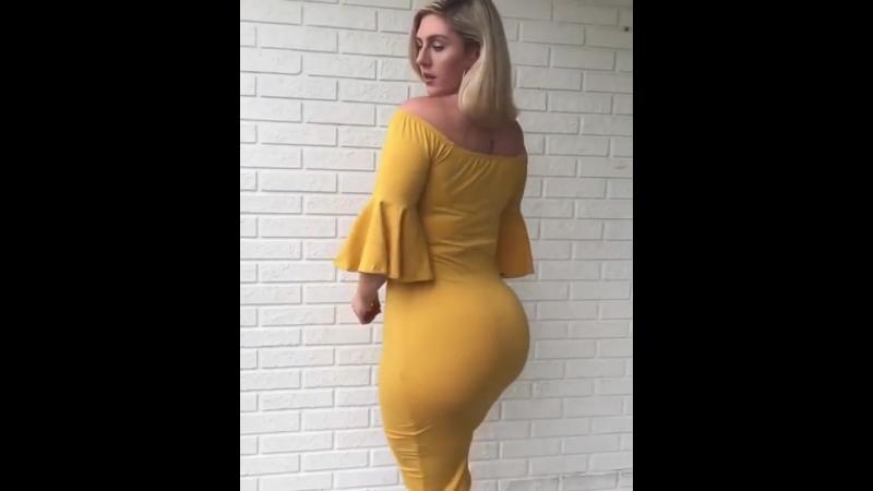 Milf mature big butt