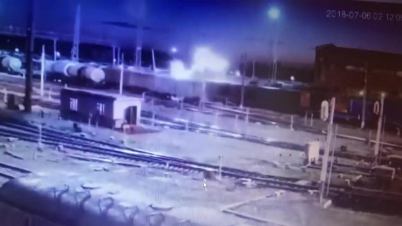 В Рыбном с рельс сошел поезд