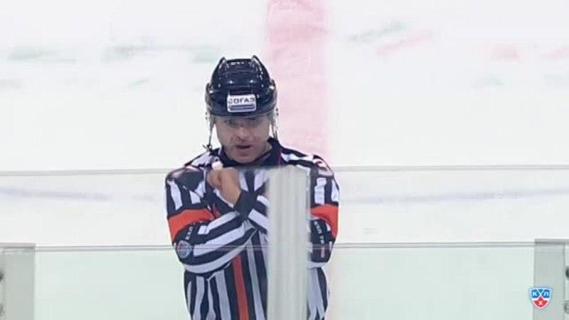Моменты из матчей КХЛ сезона 1415 • Удаление. Саари Сантери (Йокерит) за атаку игрока не владеющего шайбой. 11.12