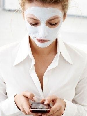 КОЖА КАК У МЛАДЕНЦА! Девочки, мне одна женщина рассказала секрет невероятной маски для лица, всего 3 ингредиента, и кожа становиться как у младенца, словами не передать! Обязательно попробуйте! Рецепт: берем одну столовую ложку....... Читайте продолжение...