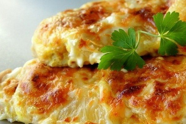 Куриная грудка с сыром.