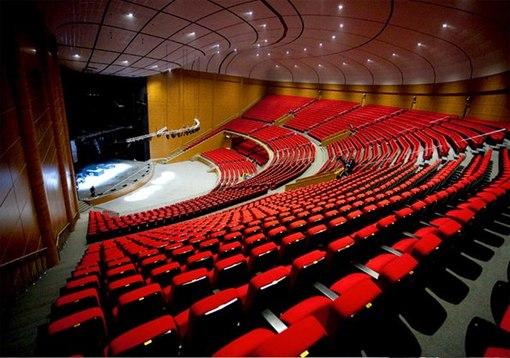"""концертный зал  """"Крокус Сити Холл """" - фотографии."""