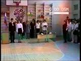 Мой фильм Катя с Андреем выступают на последнем звонке в школе у Андрея...90-е годы, Самара...
