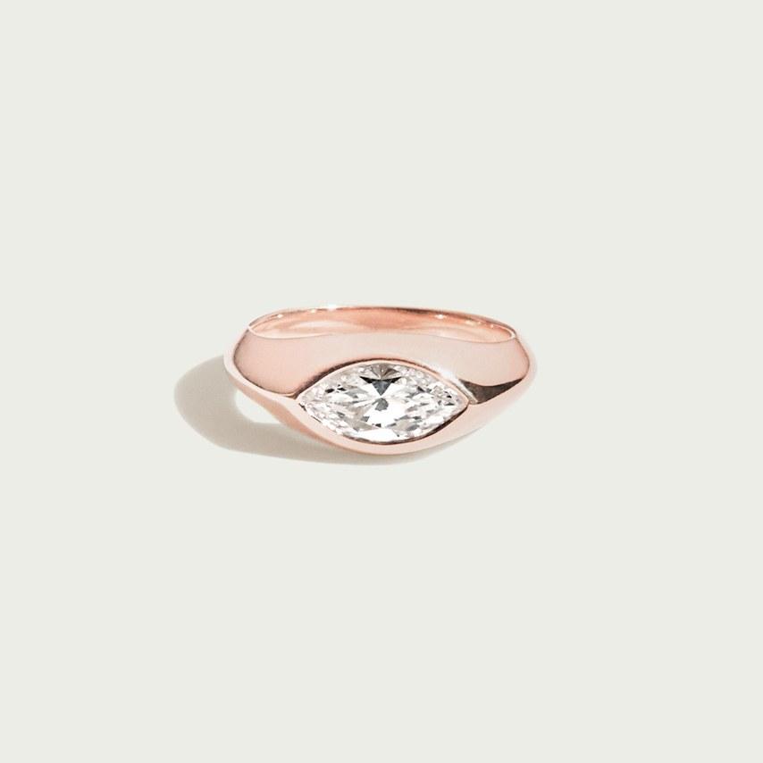 oZ2f4YKPCAU - Обручальные кольца по уникальным эскизам от известных дизайнеров 2019
