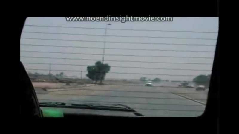 Ирак периода оккупации.Операторы ЧВК ведут огонь по гражданским автмобилям