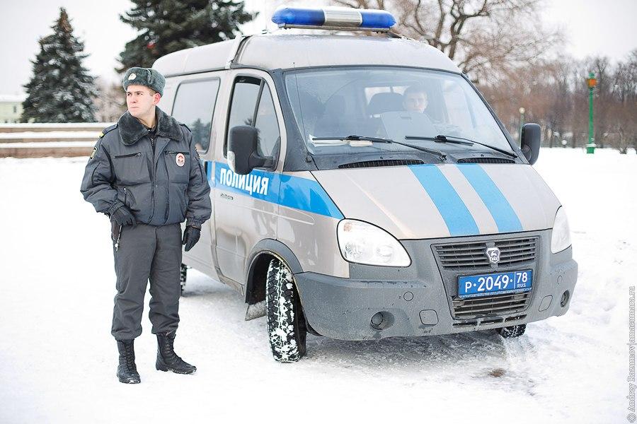 снежная битва полиция Марсово поле Петербург