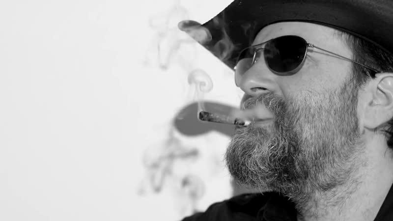 Wheeler Walker, Jr. - I Like Smoking Pot (A Lot)
