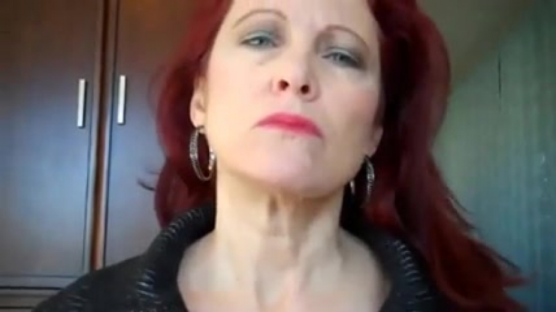 Мама доминирует и трахает сына, mom dominate son mature wife incest ridin sex porn orgasm dick (Инцест со зрелыми мамочками 18+)