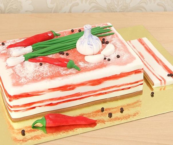 Идеальный торт для любителя сала.????