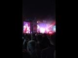 Noize mc-люди с автоматами (концерт 8 сентября Лужники)