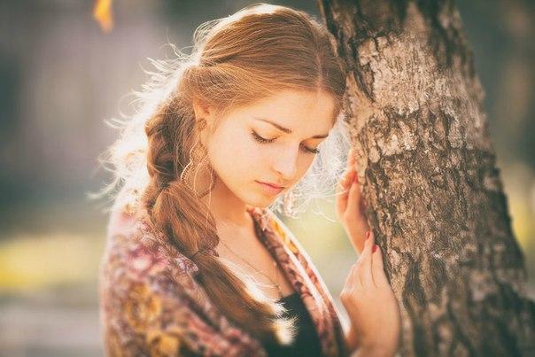Бог создавал женщину для того , чтобы она была раем для мужчины...чтобы он мог забыть обо всех проблемах и заботах рядом с ней...забыть о целом мире..и попасть в рай прекраснейший...в мир доброты и нежности..В мир ангелов и безграничного фонтана любви , с