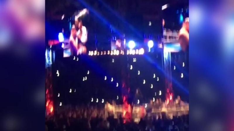 Видео, как британец Энтони Джошуа отправляет в нокаут бывшего чемпиона мира по версии Всемирной боксерской ассоциации