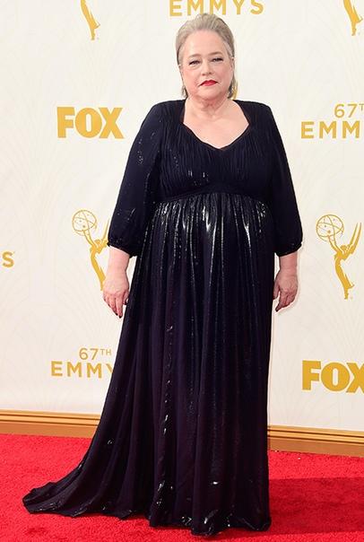 """Вторая молодость: звезда """"Титаника"""" Кэти Байтс вышла в свет после похудения на 27 килограммов"""