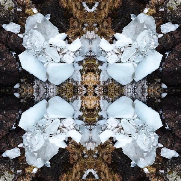 Завораживающие фото-порталы, созданные молодым польским фотографом Павлом Олешкевичем Портал представляет собой коллаж, где несколько зеркальных отражений одной фотографии создают