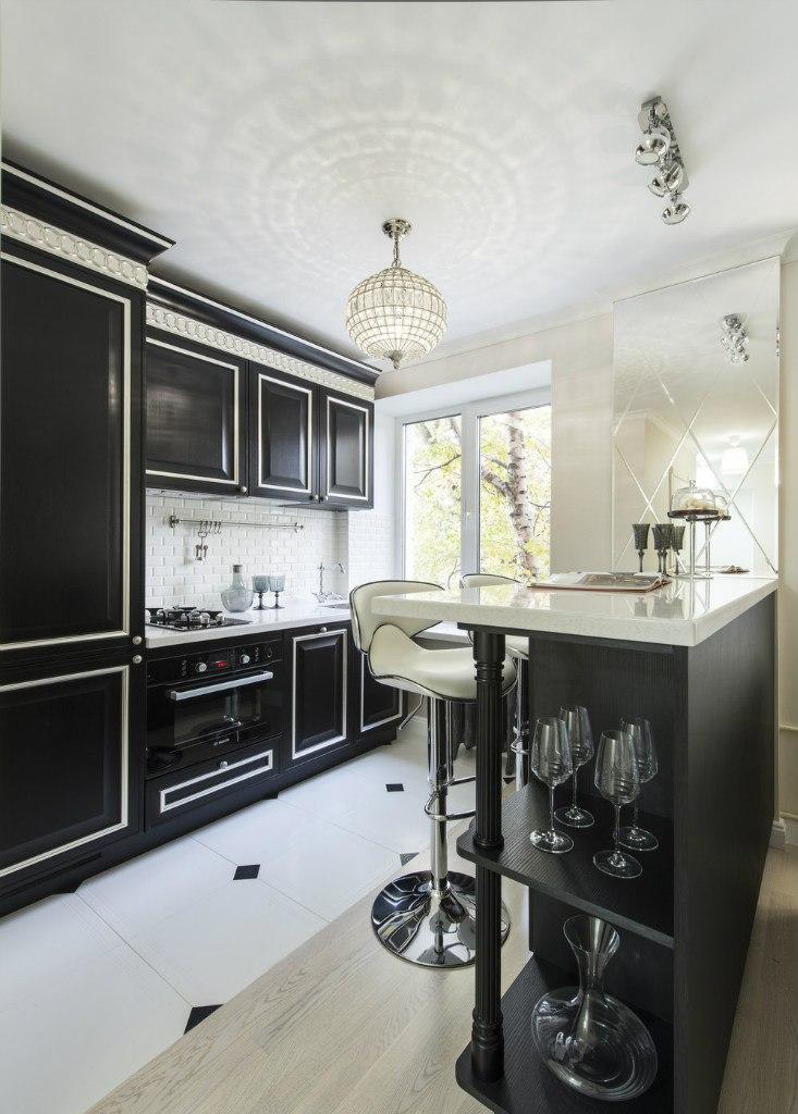Интерьер квартиры-студии 28,8 м в классическом стиле в Москве.