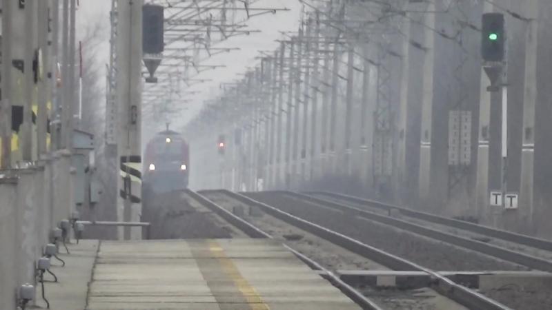 Vlaky na trati Praha hlavni nadrazi - Pardubice