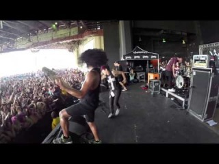 KtheFemaleScreamer Performing With Issues [Vans Warped Tour 2014]