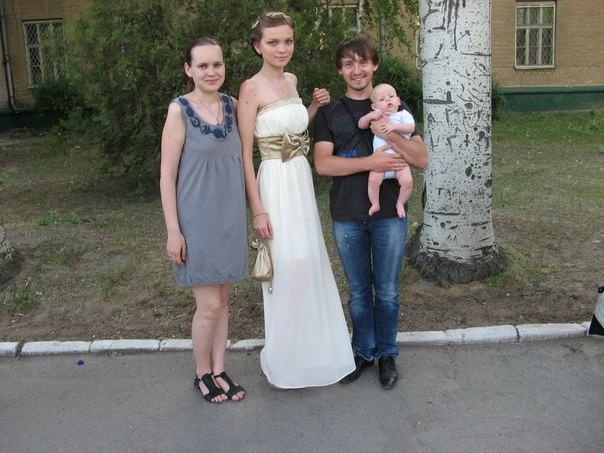 сукні на випускний фото