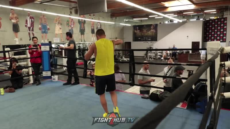 RE-ENTER THE MATRIX! VASYL LOMACHENKO RETURNS! SHOWS SLICK MOVEMENT _u0026 HANDS IN BOXING WORKOUT