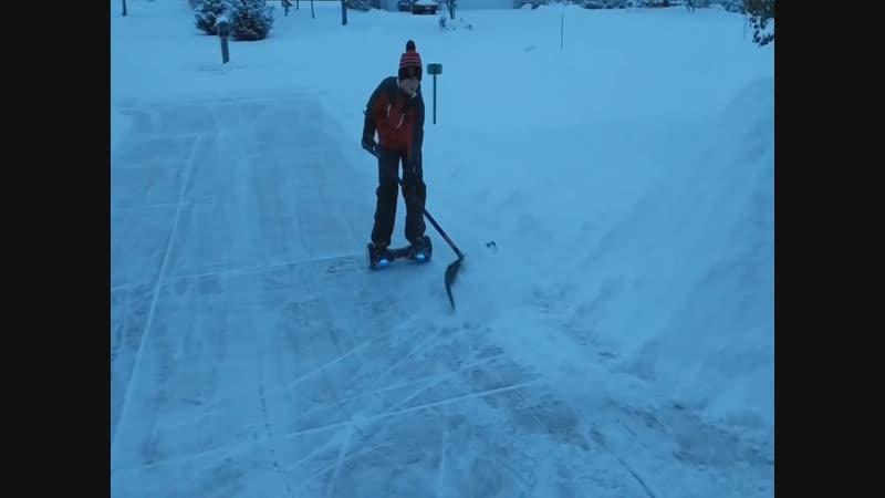 Гироскутер против снега