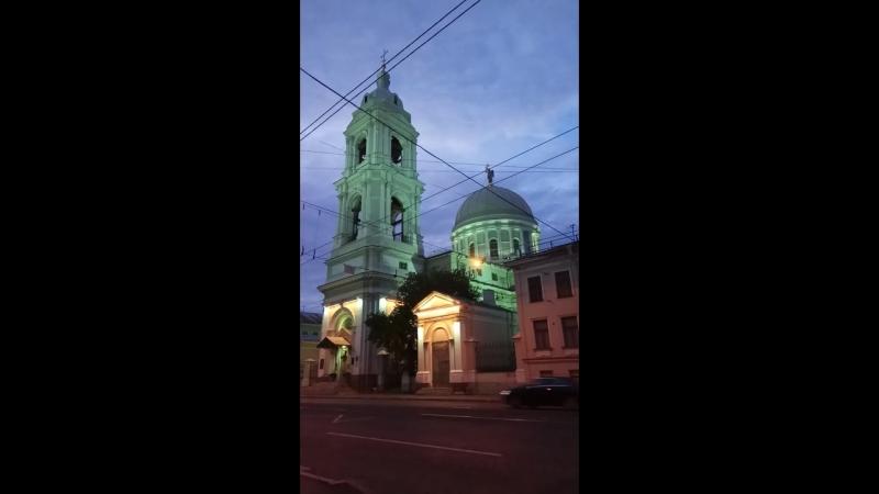 Подсветка церкови ускоренно