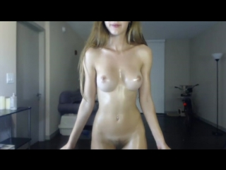 Blonde likes to pose on webcam
