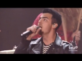 DNCE – Cake By The Ocean (Live at iHeartRadio Music Awards 2016)