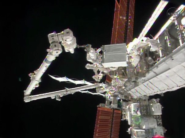 Ремонт системы охлаждения на МКС