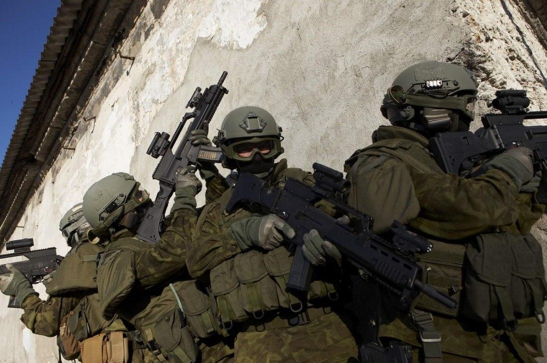 Armée Estonienne/Estonian Army - Page 2 Q_od77aAMWM