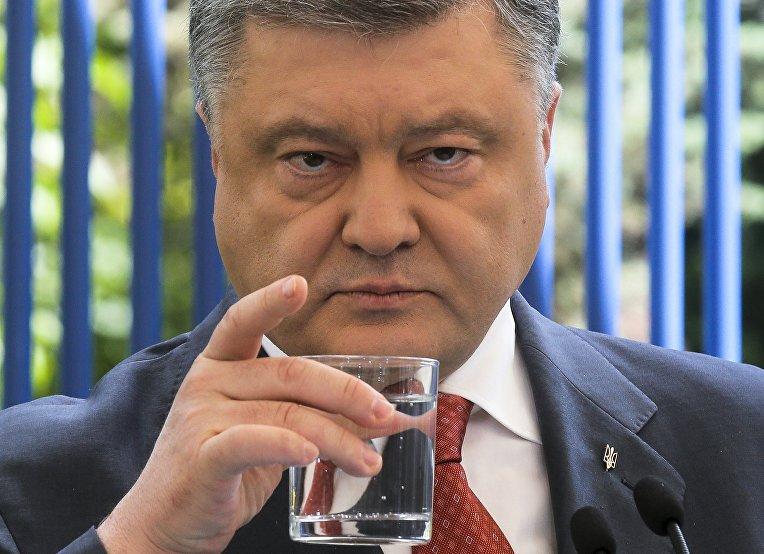 Порошенко анонсировал поставку Кентавров