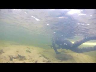 Зимняя подводная охота на налима. Енисей, Кабаний остров 12.01.2014 (с озвучкой)