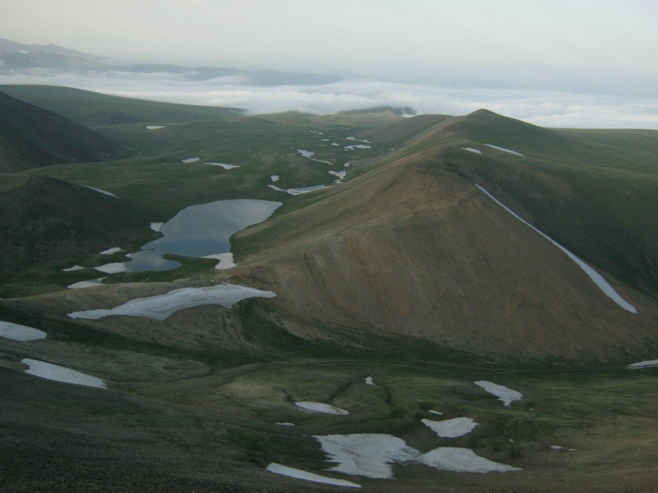 В горах южной Армении, на границе с Карабахом.