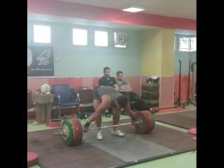 Киануши Ростами 185 кг