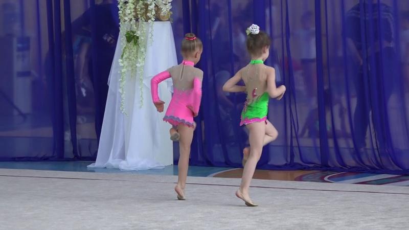 Художественная гимнастика.Дети.Дуэт.Б/П.