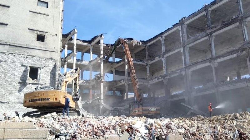 Как разрушают здания - Одесса, Еврейская 3 (Чайная фабрика)