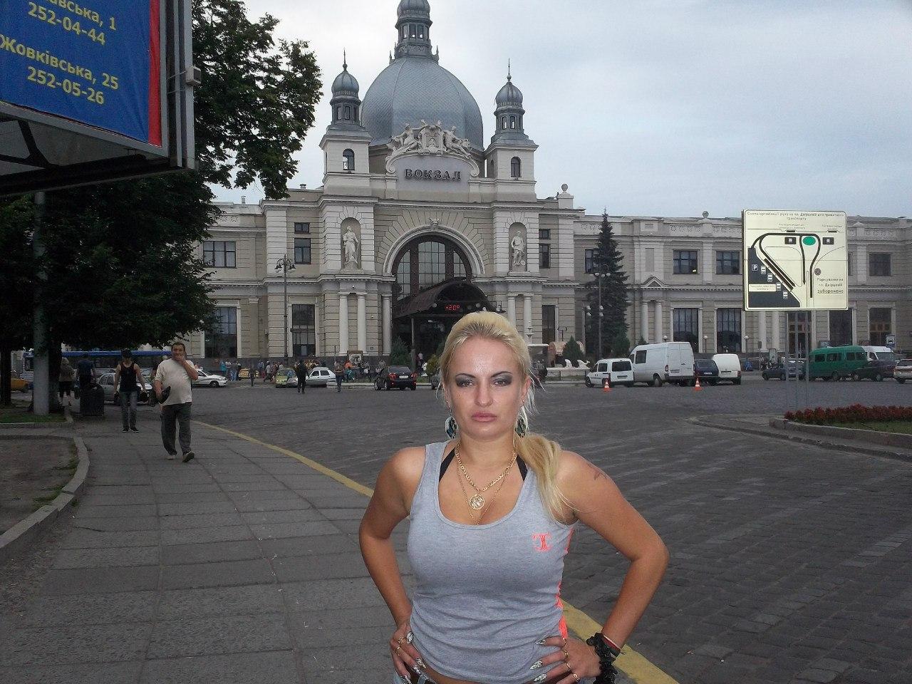 Елена Руденко.Украина. Львов. Лето 2012. ( фото ) Hi5rkSMbu4I