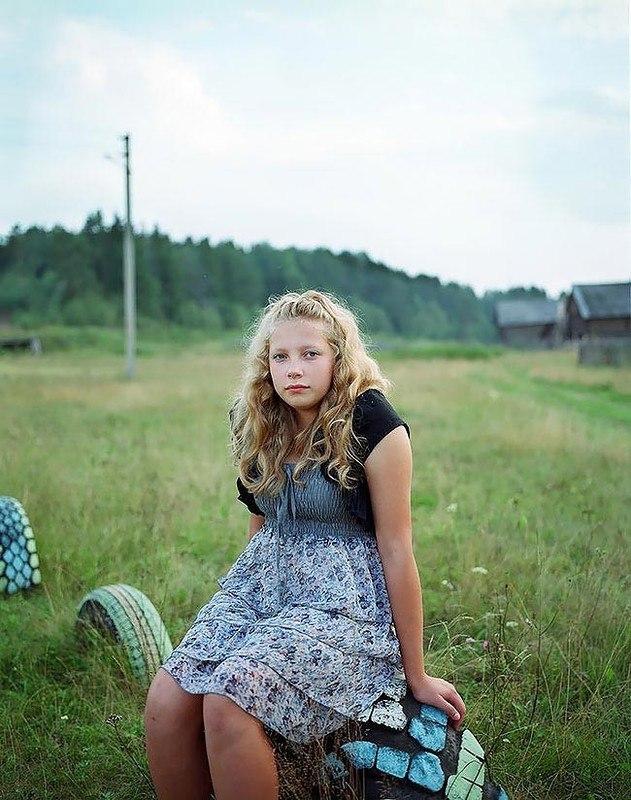 rynZ s3RlvQ - Есть девушки в русских селеньях: фоторепортаж из глубинки