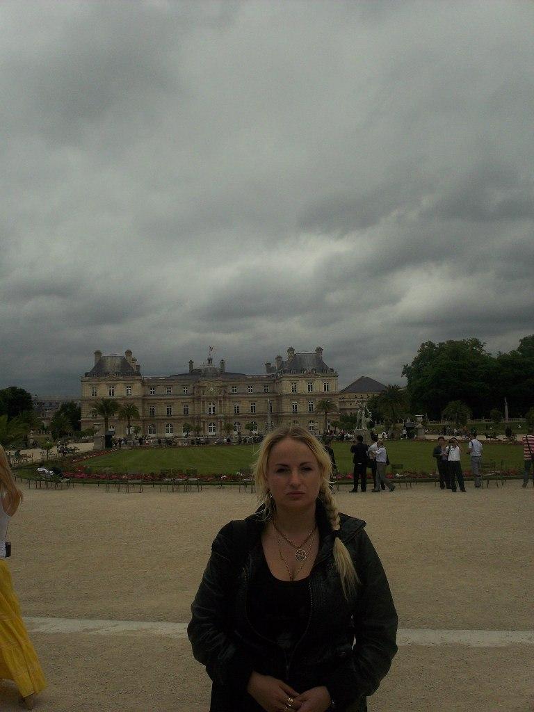 Елена Руденко. Франция. Париж. 2013 г. июнь. 7ialZvH_7ms