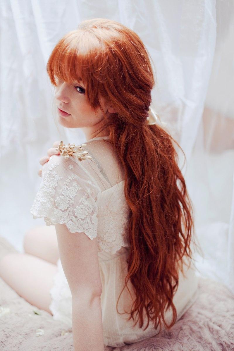 Рыжие девушки волосами вид сзади 26 фотография
