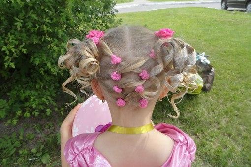 Прическа из резинок для девочек на короткие волосы