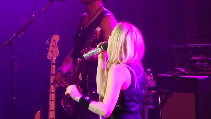 Avril Lavigne Planet Hollywood Vegas 5_31_2014