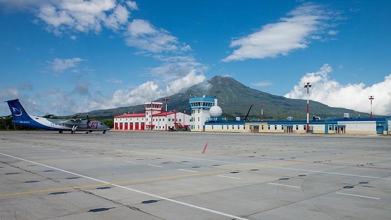 Россия продаст острова японцам Россия разместит на Итурупе истребители Это угроза