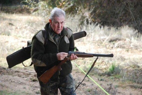 Плохому охотнику и мушка мешает.
