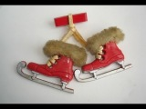 Как научиться кататься на коньках с Еленой НАЗАРЕНКО! 15 Перекидной прыжок http://www.youtube.com/watch?v=G8YVrK86kI8&feature=share&list=UUWzrpDoZhm91ZSHHQ4jxf_w&index=1