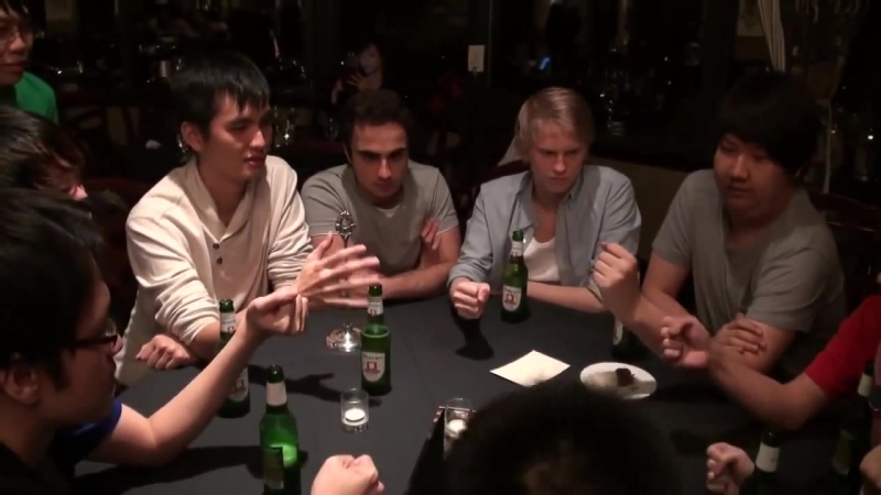 Zenith iceiceice, CLG Pajkatt, Kuroky, iG ChuaN and other play drinking game @ T(1)